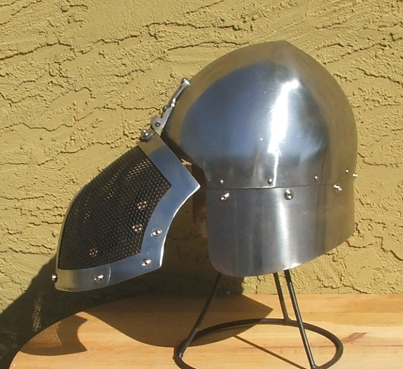 Fiore Sparring Helmet - Click Image to Close